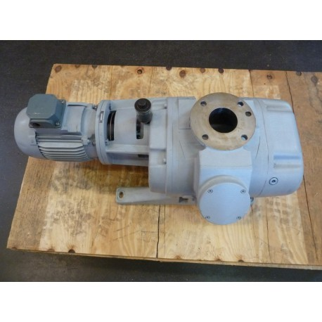 ROOTS VACUUM PUMP LEYBOLD WAU 501